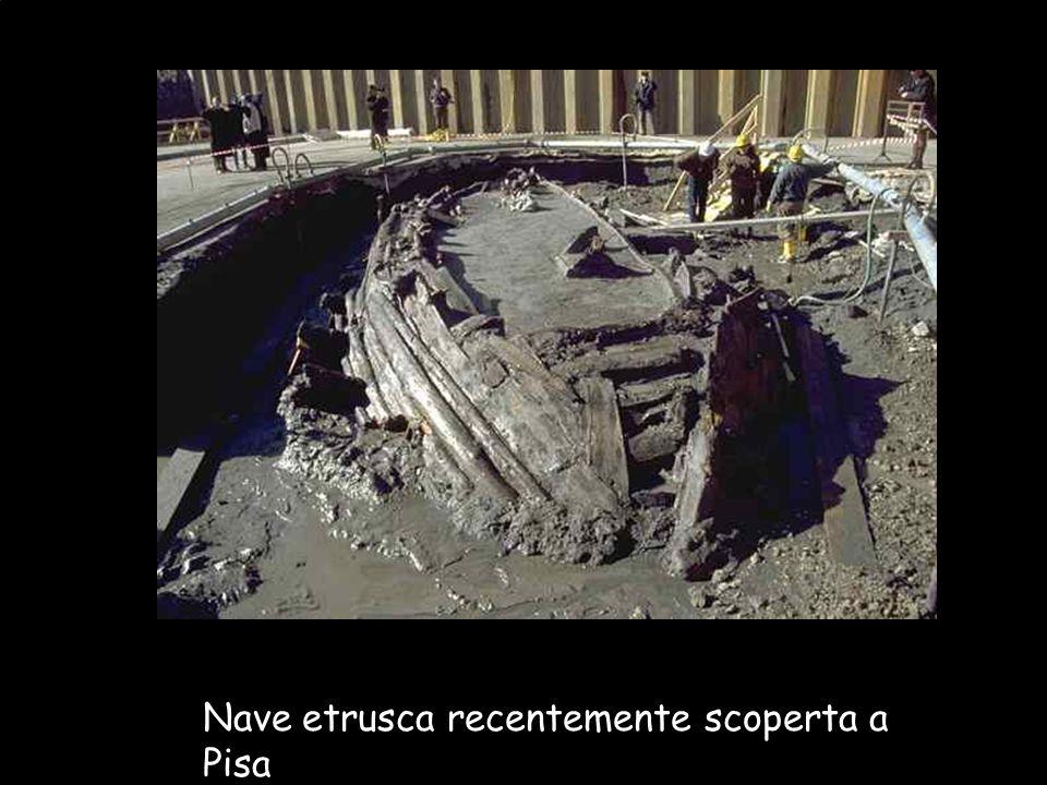 Maria Giulia PoggiEtruschi. Storia e civiltà21 Nave etrusca recentemente scoperta a Pisa