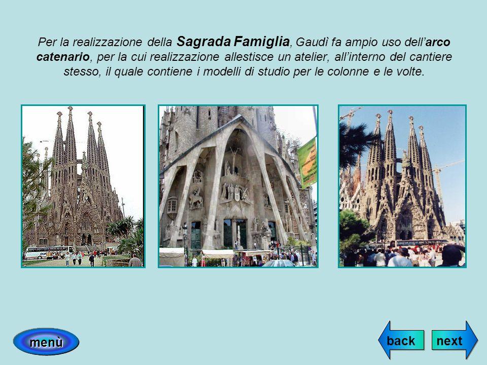 Per la realizzazione della Sagrada Famiglia, Gaudì fa ampio uso dellarco catenario, per la cui realizzazione allestisce un atelier, allinterno del can