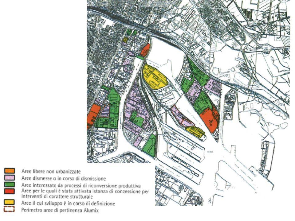 Accedere da sud alle aree portuali: un nuovo asse parallelo a via dellindustria Le scelte della variante