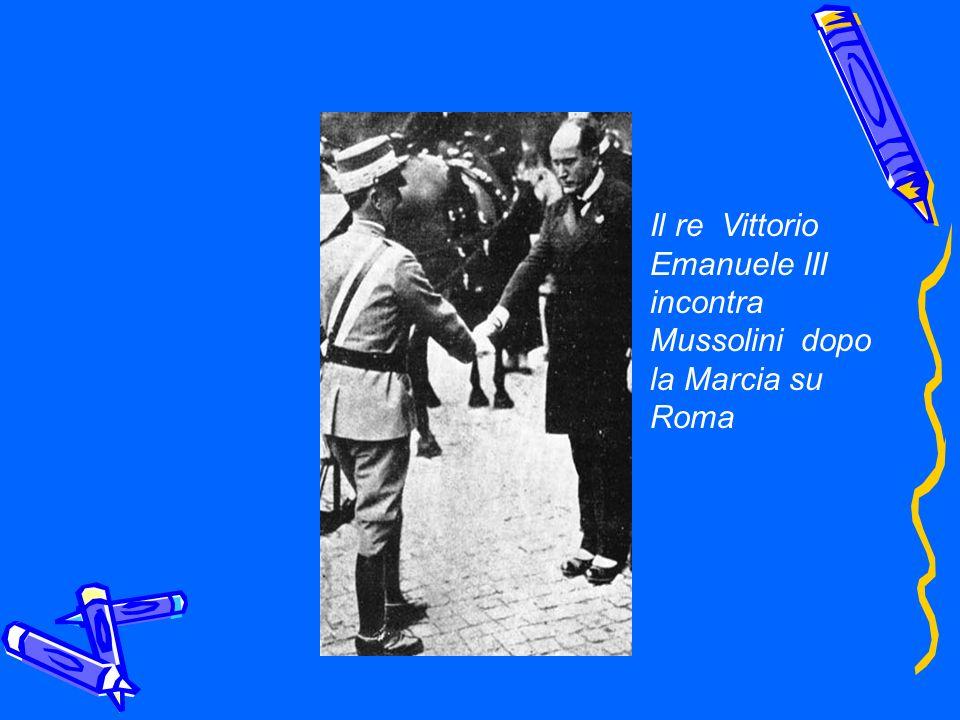 Il re Vittorio Emanuele III incontra Mussolini dopo la Marcia su Roma