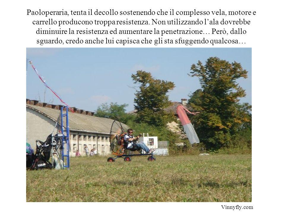Un grazie particolare a Marco di Reggio Emilia, che, non avendo trovato di meglio, mi ha ospitato nella sua tenda…facendomi russare senza svegliarmi..
