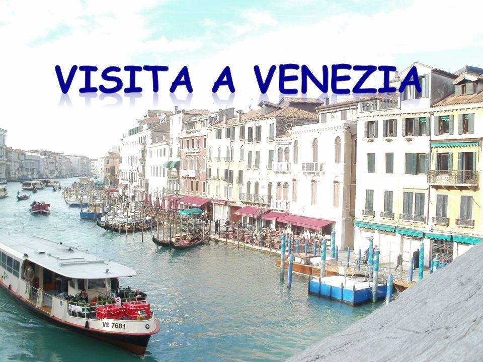 VISITA A VENEZIA Giovedì 3 febbraio 2011, la nostra classe 1 A, assieme alle classi 1F, 2AIM e 2AR, abbiamo trascorso una bellissima mattinata a Venezia.