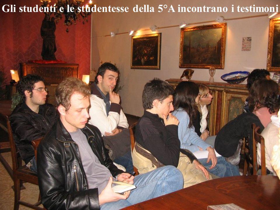 Gli studenti e le studentesse della 5°A incontrano i testimoni