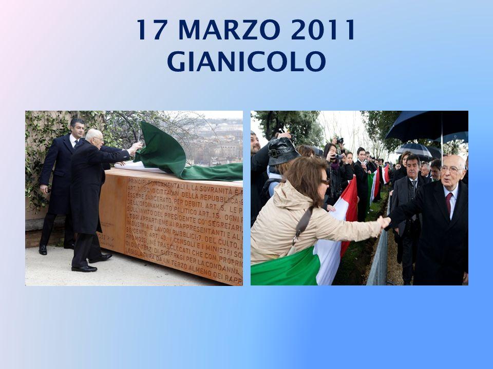 17 MARZO 2011 PANTHEON Roma - 17/03/2011 Il Presidente Giorgio Napolitano all'interno del Pantheon, in occasione della deposizione di una corona d'all