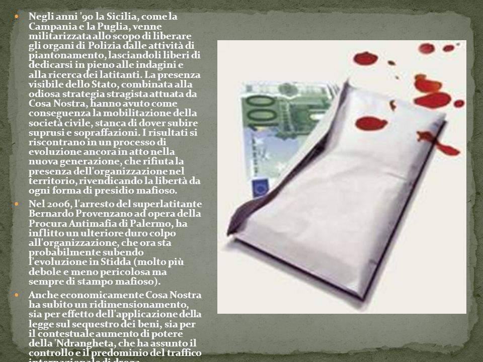 Negli anni '90 la Sicilia, come la Campania e la Puglia, venne militarizzata allo scopo di liberare gli organi di Polizia dalle attività di piantoname