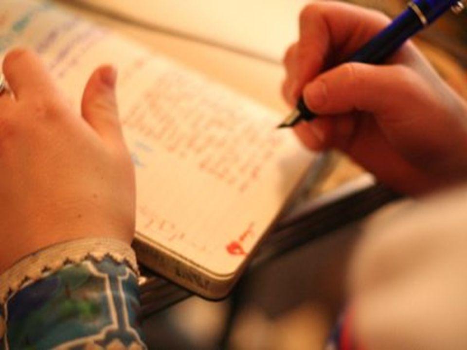 Imparare a leggere la propria storia personale In fondo si può leggere solo qualcosa che è già scritto. Non si può leggere una cosa per unaltra!