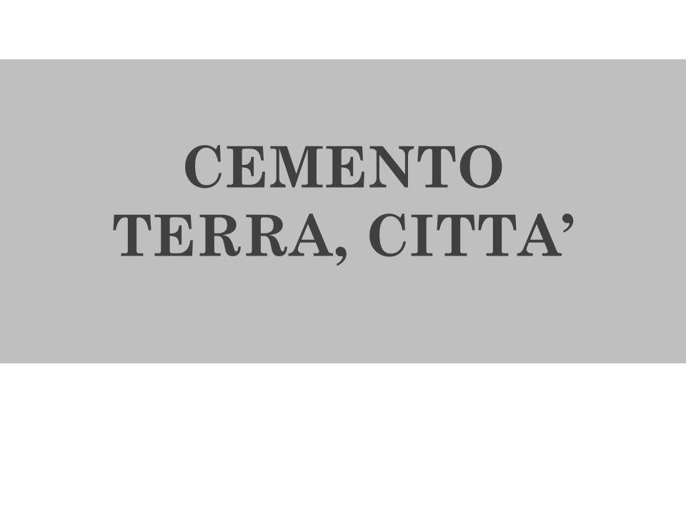 CONSUMO DI SUOLO NELLE MARCHE 1954- 2007 = cementificati circa 2500 Kmq (= superficie provincia di Macerata); 1954- 2010 la superficie cementificata cresce del 274,4% a fronte di un aumento del 15,7% della popolazione residente ; 1954- 2007 = intorno agli 11 maggiori centri lincremento demografico è stato del 37% a fronte di un incremento del suolo urbanizzato del 319%; 2001- 2008 = incremento superficie edificata = 12,5% (media nazionale 7,8%); CEMENTIFICAZIONE SPECULATIVA BASSA QUALITA DI VITA CITTA ADRIATICA E CITTA DISPERSA Fonte: Regione Marche, Servizio Ambiente, Atlante Consumo Suolo