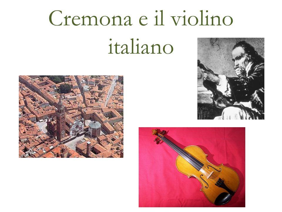 Cremona è una città nella Lombardia meridionale con una popolazione di circa 72.000 persone