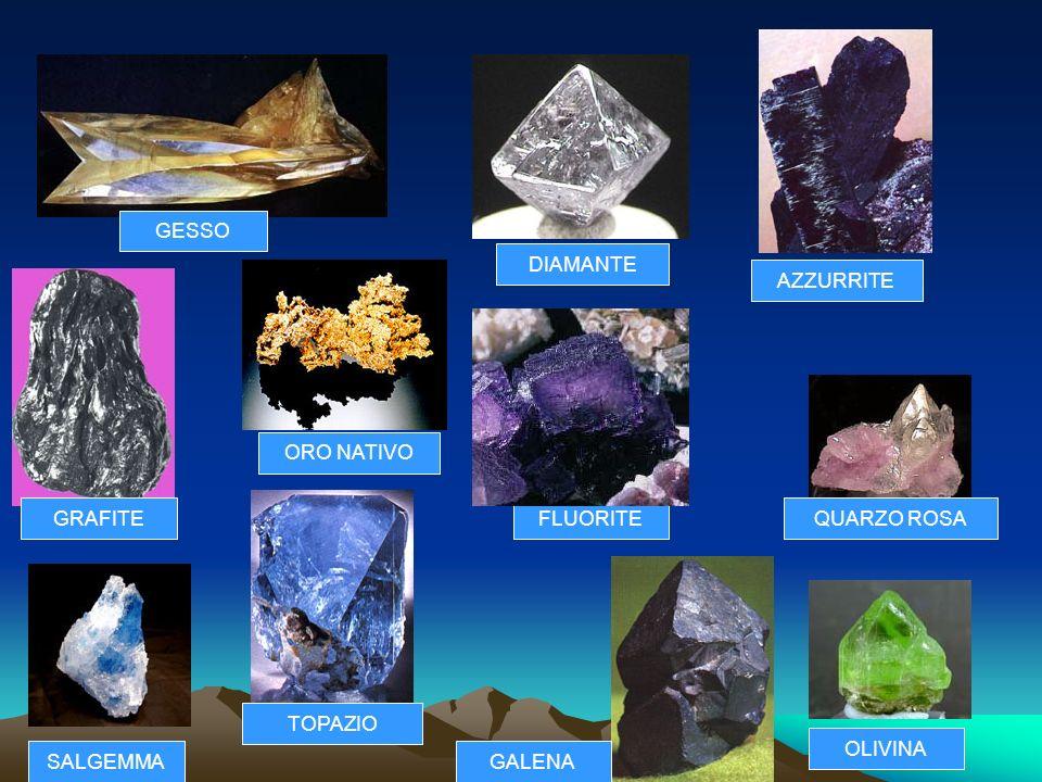 PROCESSI DI FORMAZIONE DEI MINERALI: CRISTALLIZZAZIONE Il processo di cristallizzazione può avvenire in tempi brevi, come per i cristalli di sale, o i
