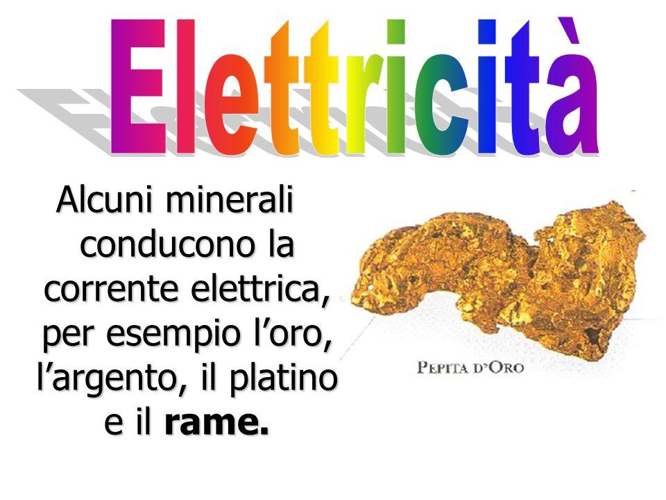 Alcuni minerali contenenti ferro possono attrarre un magnete, come la magnetite. Magnetite