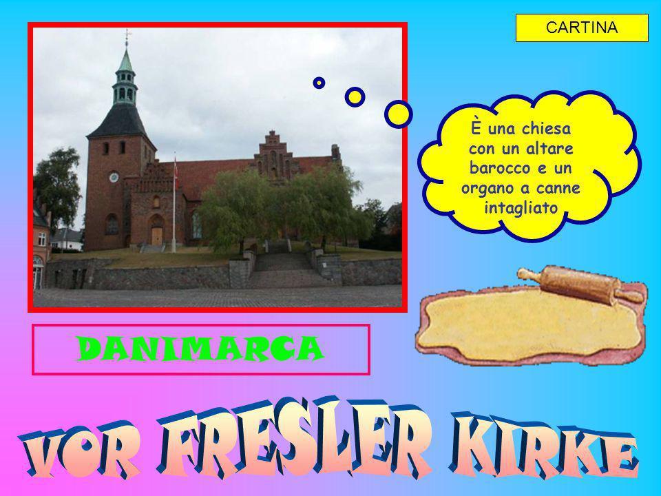 È una chiesa con un altare barocco e un organo a canne intagliato CARTINA