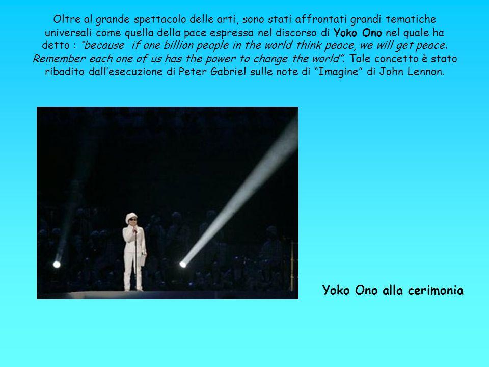 Oltre al grande spettacolo delle arti, sono stati affrontati grandi tematiche universali come quella della pace espressa nel discorso di Yoko Ono nel