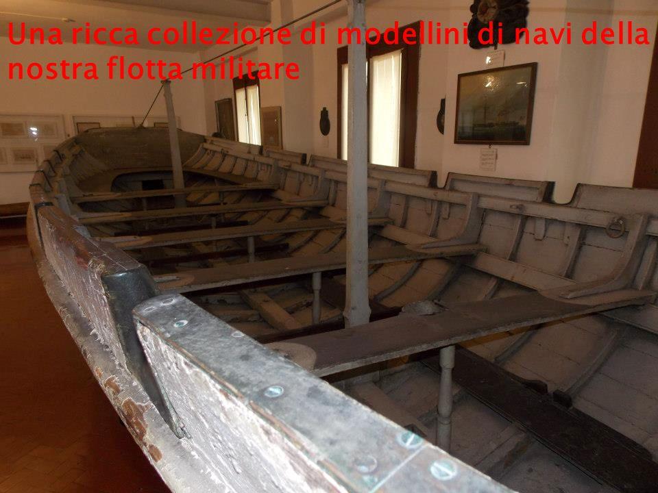 Una ricca collezione di modellini di navi della nostra flotta militare
