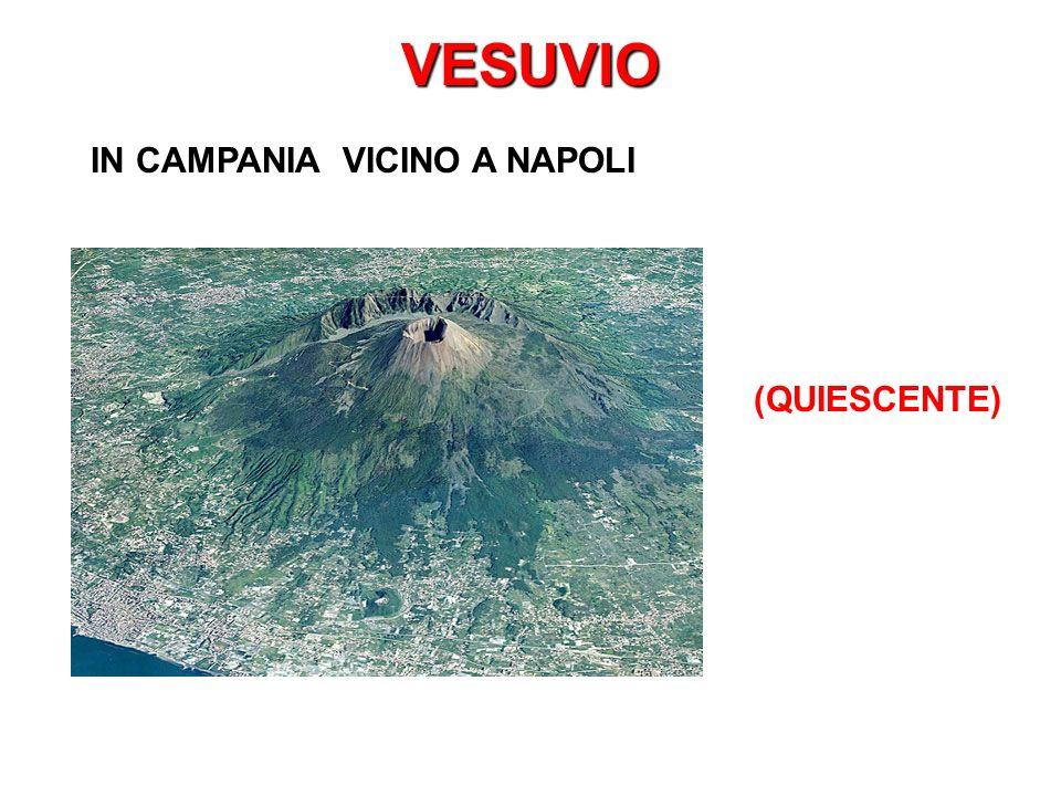 VESUVIO IN CAMPANIA VICINO A NAPOLI (QUIESCENTE)