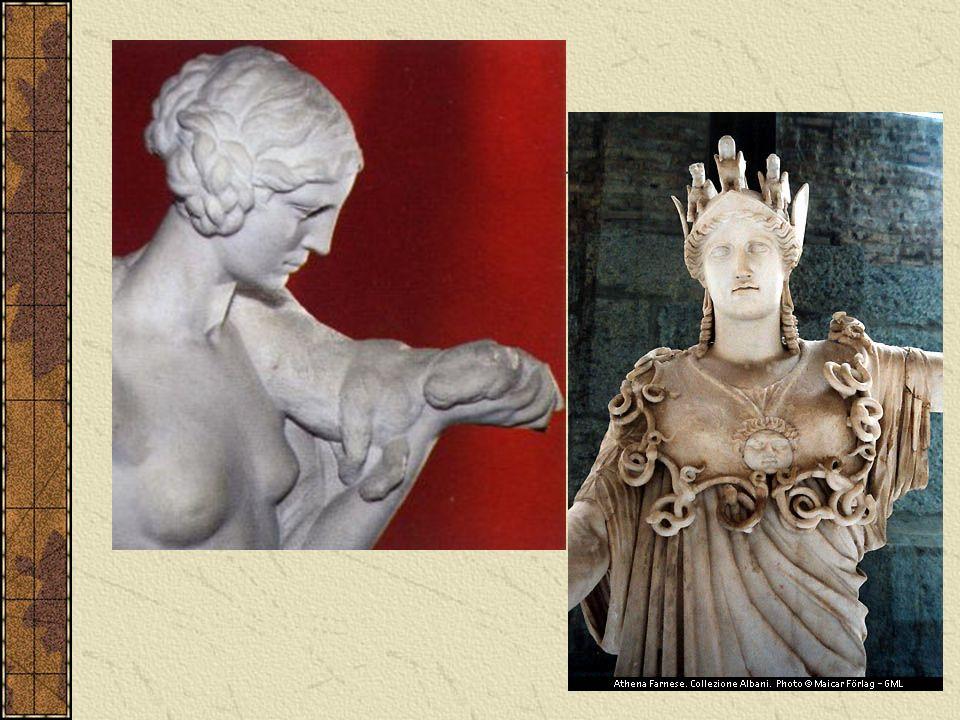 Platone doveva aver mutuato la sua concezione della donna, almeno in parte, dal suo maestro Socrate, che come tutti sanno è protagonista dei suoi dialoghi.
