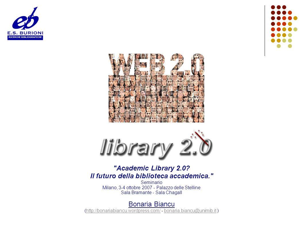 Web 2.0 Il termine Web 2.0 nasce come titolo per una conferenza organizzata dall editore O Reilly nel 2004 2.0 deriva dalla modalità con cui, nel mondo dell informatica, si usa designare la nuova release di un programma (1.0, 1.5, 2.0 etc.) Web come piattaforma Nella prima conferenza sul Web 2.0 l accento viene posto sul Web come piattaforma: la Rete diventa il sistema operativo sul quale girano applicazioni e programmi