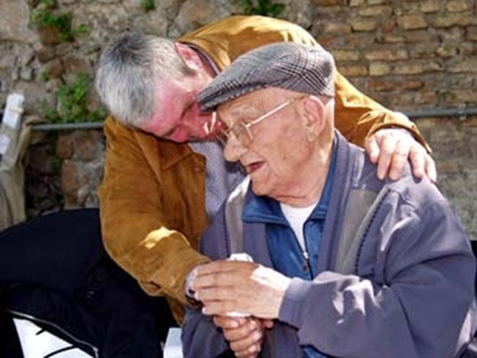 3 Anziani nellULSS 20 nel 2002 il 19.2% della popolazione superava i 65 anni e il 9% i 75 il 30% degli anziani sono disabili (Min.