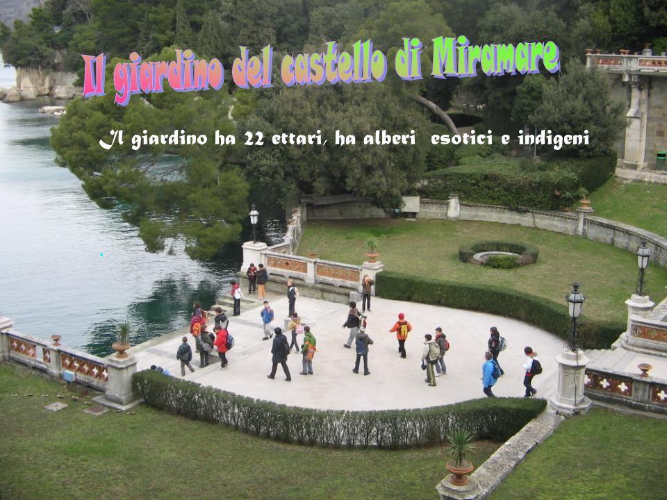 . Il giardino ha 22 ettari, ha alberi esotici e indigeni