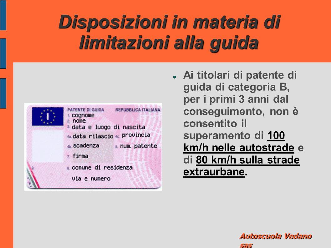 Disposizioni in materia di guida senza patente Chiunque guida autoveicoli o motoveicoli senza aver conseguito la patente di guida è punito con l'ammen