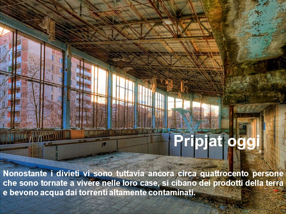 Pripyat oggi è la più grande e spettrale ghost town del mondo. Nelle case e per le strade è ancora possibile trovare arredi, automobili, fotografie, e