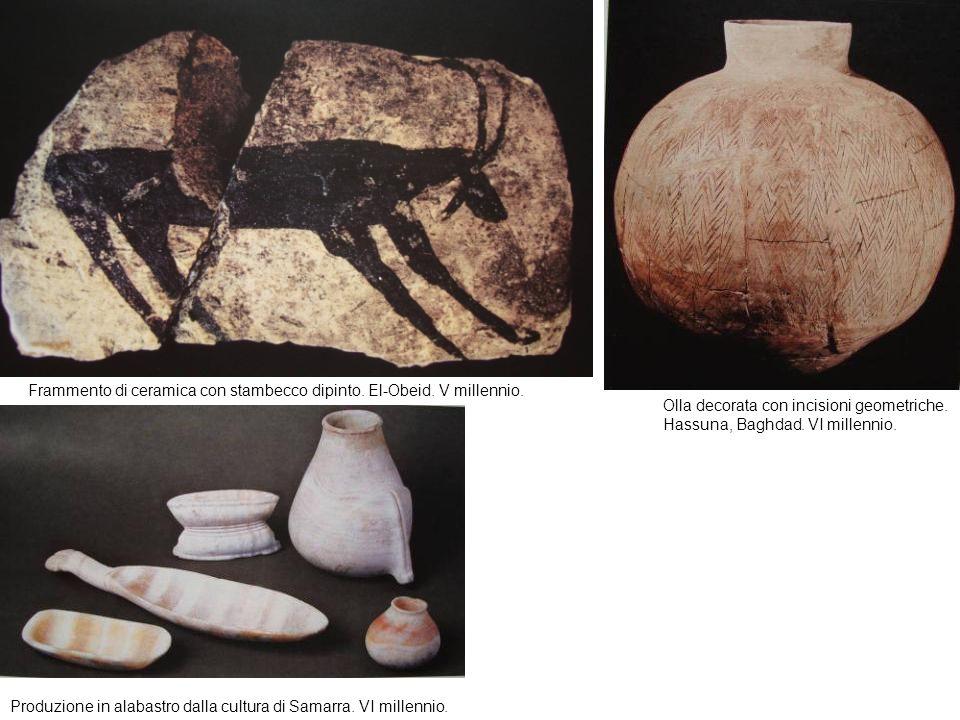 Frammento di ceramica con stambecco dipinto. El-Obeid. V millennio. Olla decorata con incisioni geometriche. Hassuna, Baghdad. VI millennio. Produzion