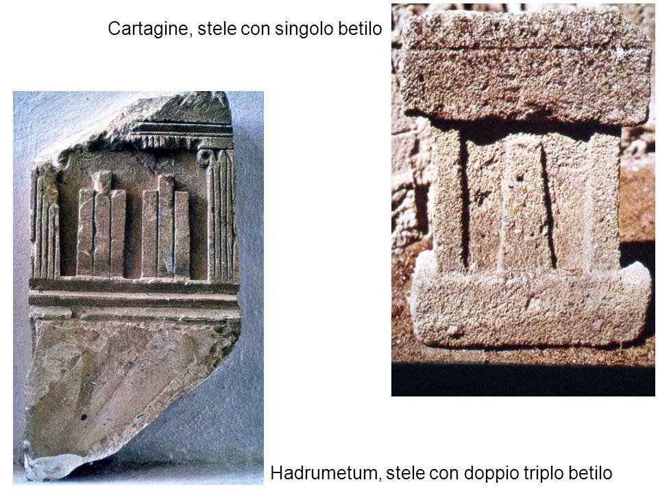 Hadrumetum, stele con doppio triplo betilo Cartagine, stele con singolo betilo