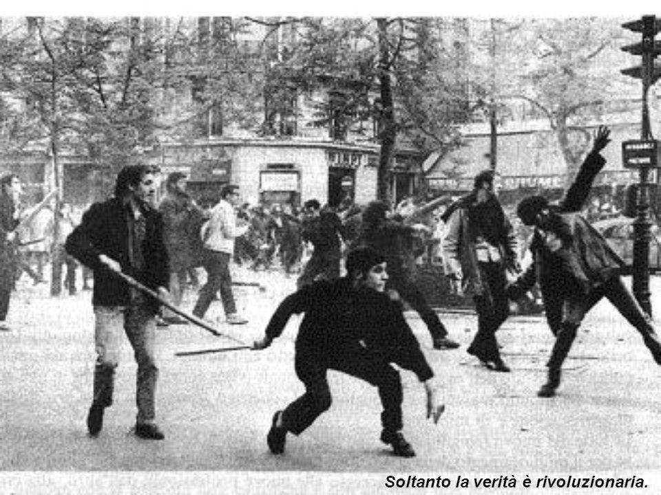 In Italia la contestazione studentesca si rivolse contro lautoritarismo dellistituzione universitaria; la società delite che si voleva creare non anda