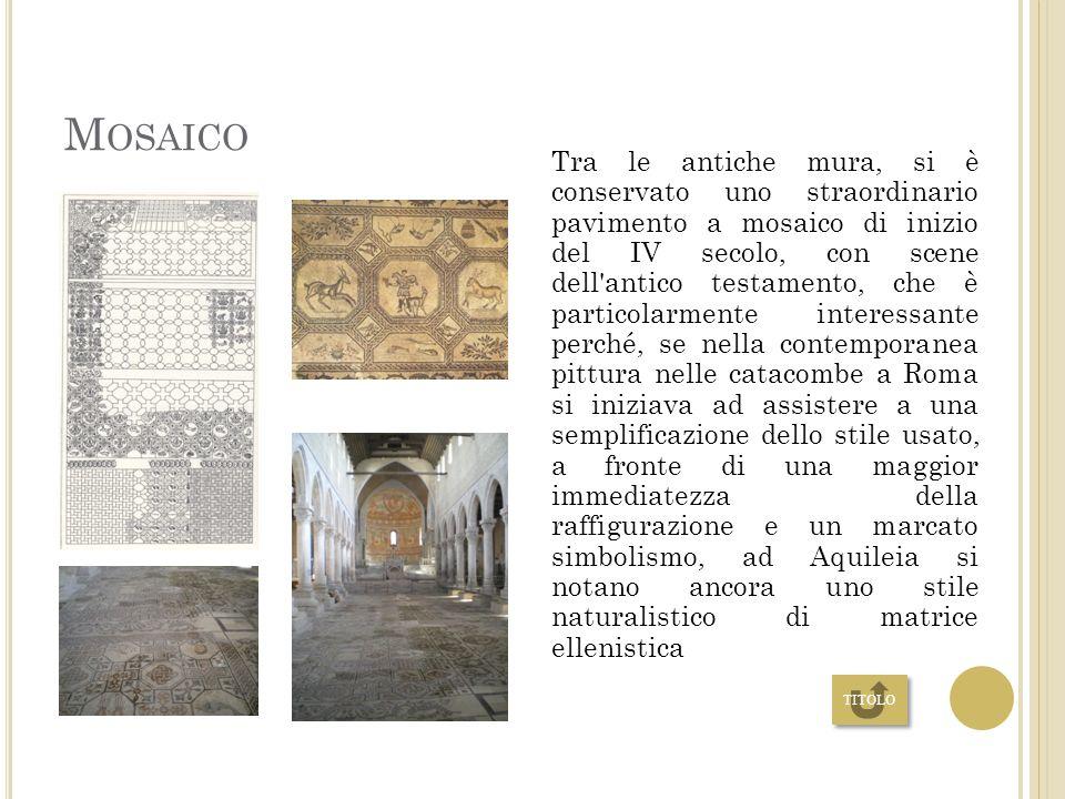 I L BATTISTERO Il Battistero è di forma ottagonale con una vasca esagonale, come le simbologie antiche prescrivevano. È collegato all entrata principa