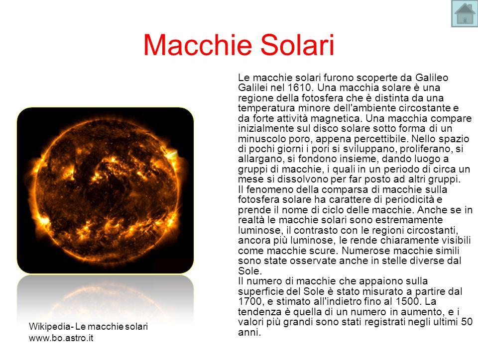 Macchie Solari Le macchie solari furono scoperte da Galileo Galilei nel 1610. Una macchia solare è una regione della fotosfera che è distinta da una t