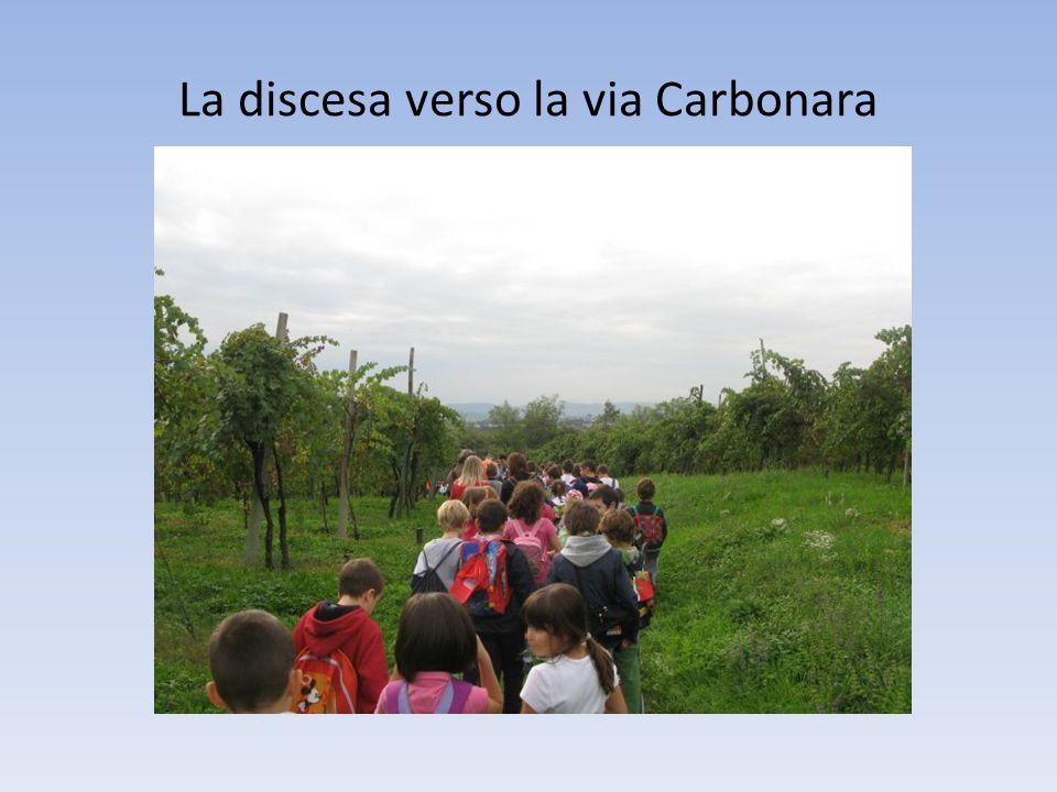 La discesa verso la via Carbonara