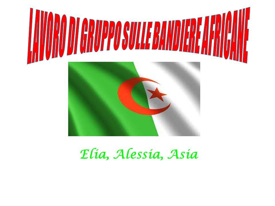 Storia della bandiera La bandiera dell Algeria è un bicolore verde (lato dell asta) e bianco, al centro del quale sono presenti una mezzaluna rossa e una stella, anch essa rossa.