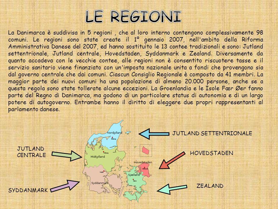 La Danimarca è suddivisa in 5 regioni, che al loro interno contengono complessivamente 98 comuni. Le regioni sono state create il 1º gennaio 2007, nel