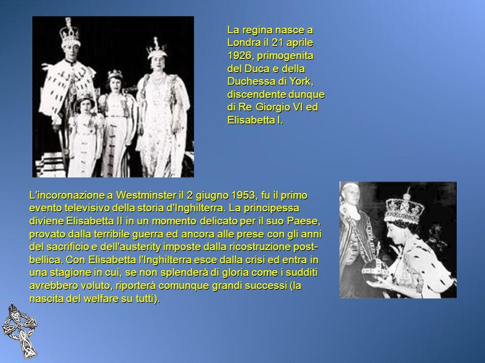 La regina nasce a Londra il 21 aprile 1926, primogenita del Duca e della Duchessa di York, discendente dunque di Re Giorgio VI ed Elisabetta I. L'inco