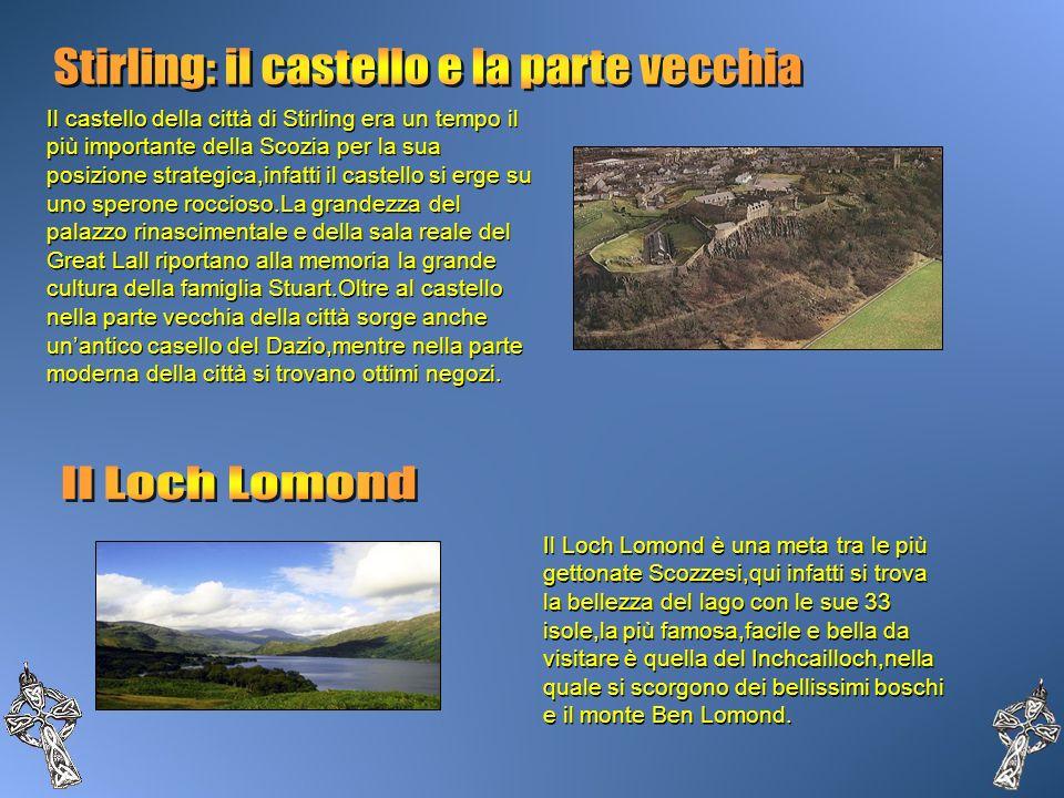 Il castello della città di Stirling era un tempo il più importante della Scozia per la sua posizione strategica,infatti il castello si erge su uno spe
