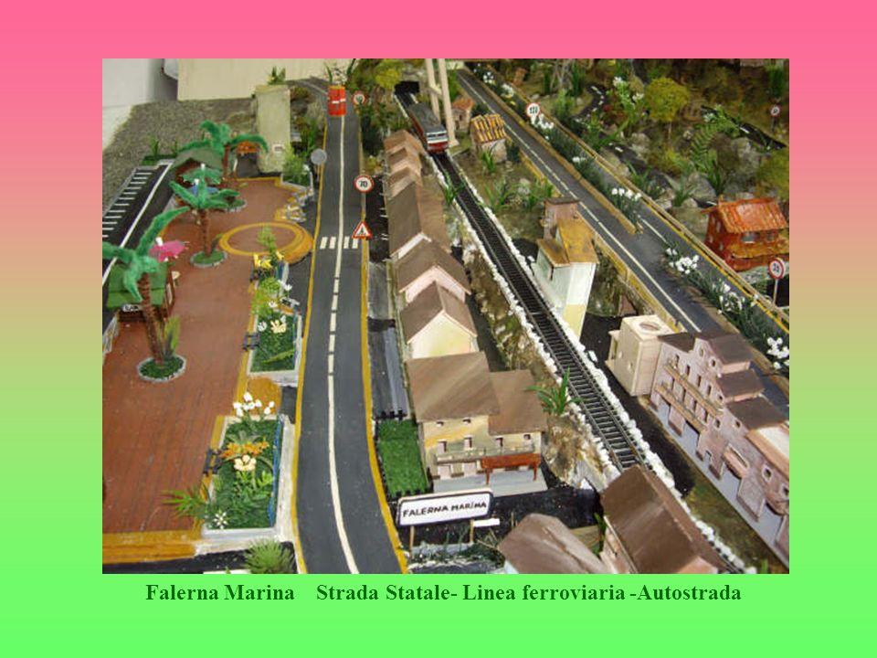 Falerna Marina Strada Statale- Linea ferroviaria -Autostrada