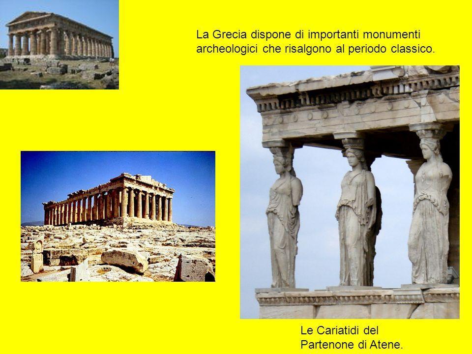 La Grecia dispone di importanti monumenti archeologici che risalgono al periodo classico.