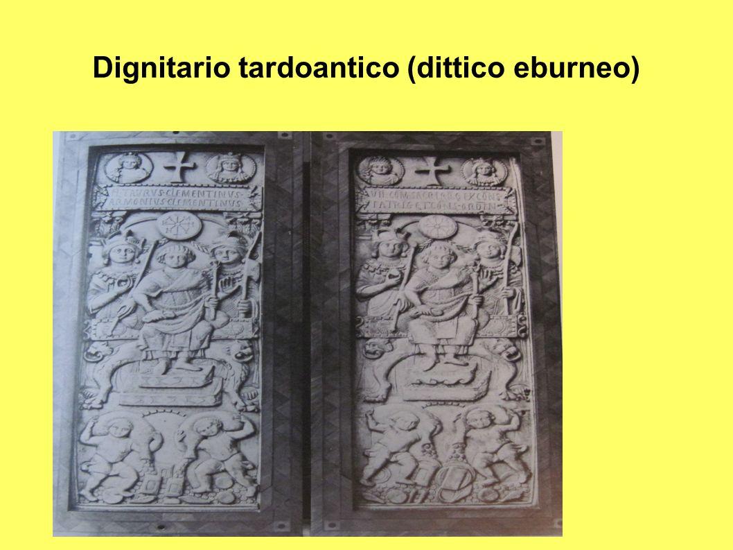 Dignitario tardoantico (dittico eburneo)