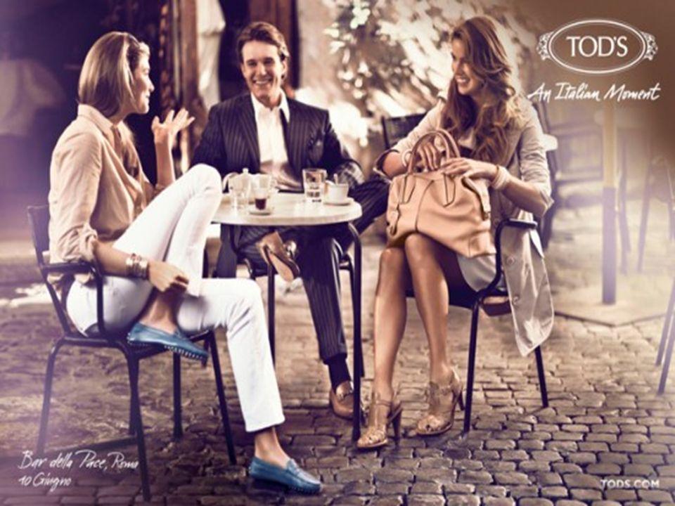 Collaborazioni con: STRATEGIE FUNZIONALI Strategie di marketing e pubblicità Ferrari Karl Lagerfeld Famose blogger: The Blonde Salad