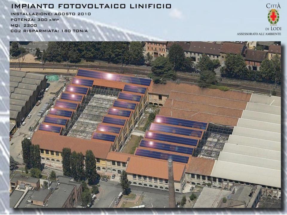 IMPIANTI SOLARE TERMICO Gli impianti a solare termico (Il Solare Termico è una tecnologia che permette la conversione diretta dell energia solare in energia termica per la produzione di acqua calda) copriranno una superficie complessiva di 75,2 m 2 generando una potenza massima pari a 53,32 KWp permettendo di risparmiare circa 11 ton CO 2 /anno.