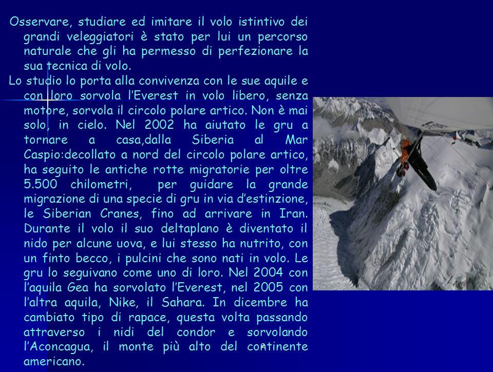 2 Questa è stata la sua ultima impresa, intrapresa per il lancio della sedici (da tempo DArrigo era legato allimmagine della Fiat), durante la quale volando a quota 9.100 con il suo deltaplano ha stabilito il nuovo record mondiale di altitudine.