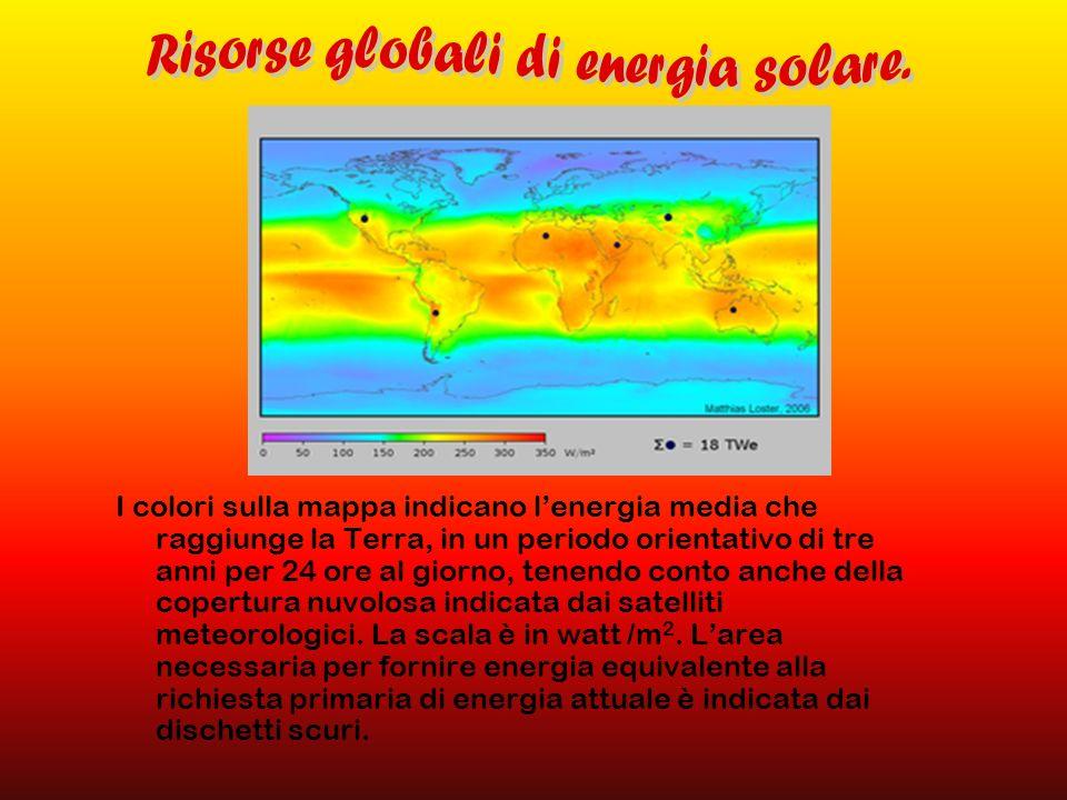 I colori sulla mappa indicano lenergia media che raggiunge la Terra, in un periodo orientativo di tre anni per 24 ore al giorno, tenendo conto anche d