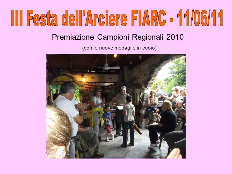 Consegna trofeo Marco Visconti (alla 04ALAR-04SHEN per la loro pluriennale collaborazione con il Nucleo Operativo Alcologia di Limbiate dell ASL di Milano, con il quale svolgono incontri di tiro con l arco nell ambito delle attivit à di recupero di soggetti ex-alcolisti )
