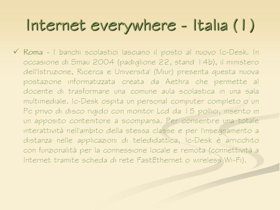 Internet everywhere - Italia (1) Roma - I banchi scolastici lasciano il posto al nuovo Ic-Desk. In occasione di Smau 2004 (padiglione 22, stand 14b),