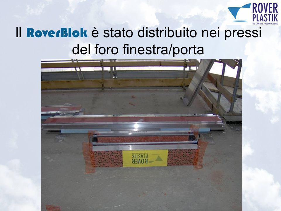 Particolare sottobancale con catino in acciaio inox (3)
