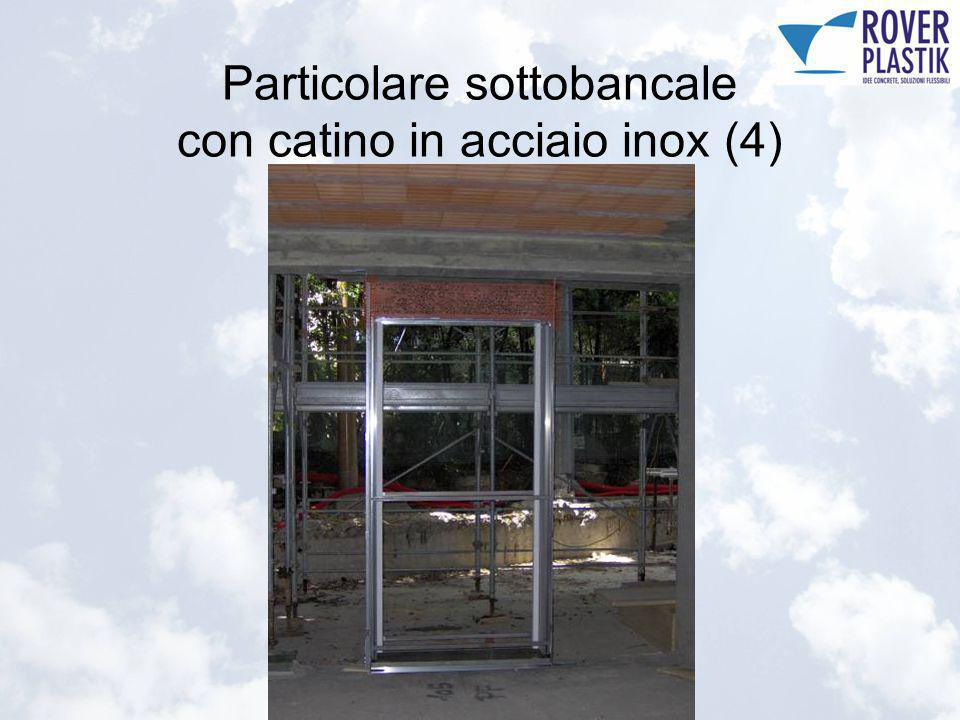 Particolare sottobancale con catino in acciaio inox (4)