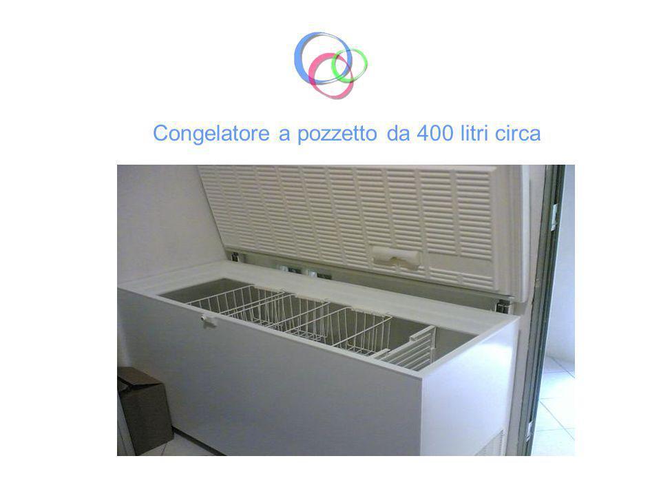 Fornello 5 fuochi a gas di cui 1 a doppia corona Sistema aspirazione dei fumi mediante cappa