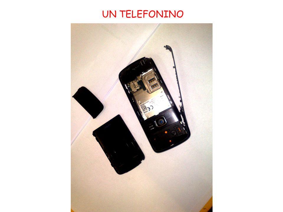 UN TELEFONINO