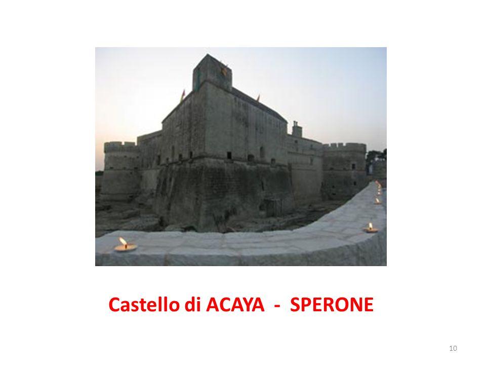 Torrione circolare del castello di Acaya 11