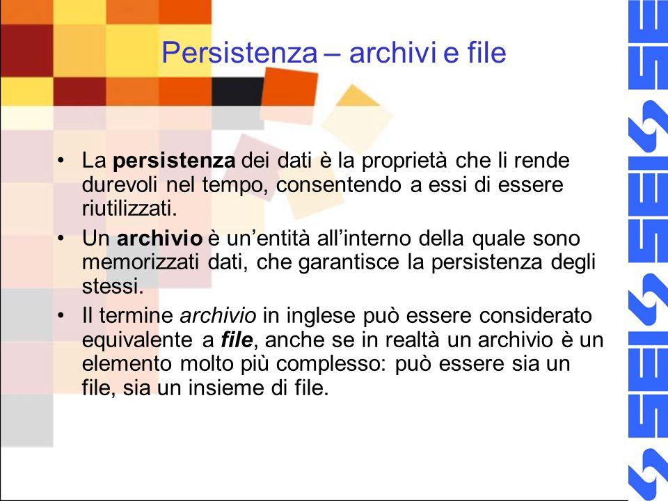 I dati negli archivi: record In un archivio, i dati sono mantenuti mediante strutture predefinite, che consentono di connettere logicamente gruppi di dati tra loro attinenti.