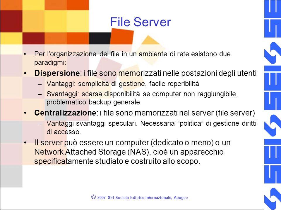 File Server Per lorganizzazione dei file in un ambiente di rete esistono due paradigmi: Dispersione: i file sono memorizzati nelle postazioni degli ut